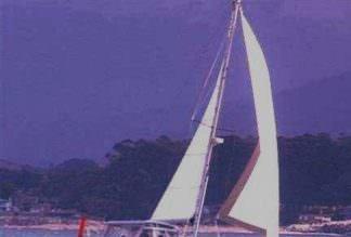 Copy-2-of-Molly-J-in-15-knots_resized-1.jpg